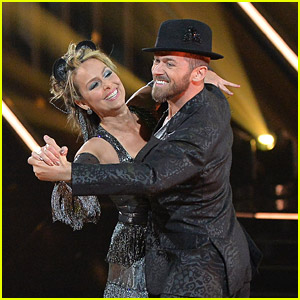 Melora Hardin Earns Top Score of the 'DWTS' Season for Her Amazing Quickstep During Disney Week (Video)