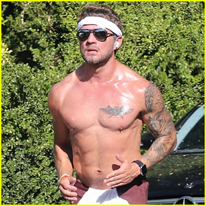 Ryan Phillippe Is Showing Off His Ripped Body at 47 in New Shirtless Photos!