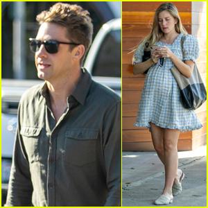 Scott Speedman & Pregnant Girlfriend Lindsay Rae Hofmann Run Errands Together in L.A.