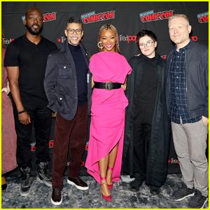 Sonequa Martin-Green & Her 'Star Trek: Discovery' Co-Stars Debut Season Four Trailer at NYC Comic-Con 2021 - Watch!