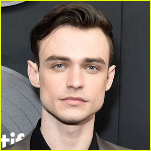 'Gossip Girl' Star Thomas Doherty Joins the Cast of 'The Bride'